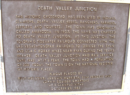 deathvalleyjunctionsign